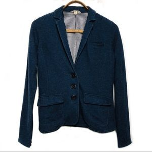 Fully lined blue three button blazer